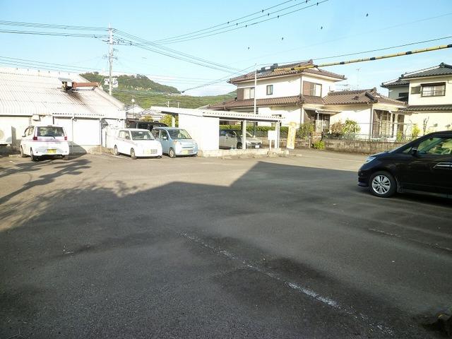 霧島市 不動産 国分中央 月極駐車場...